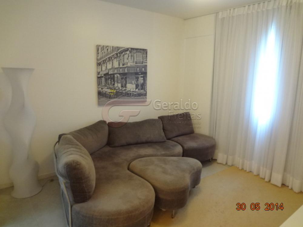 Alugar Apartamentos / Quarto Sala em Maceió apenas R$ 1.800,00 - Foto 1