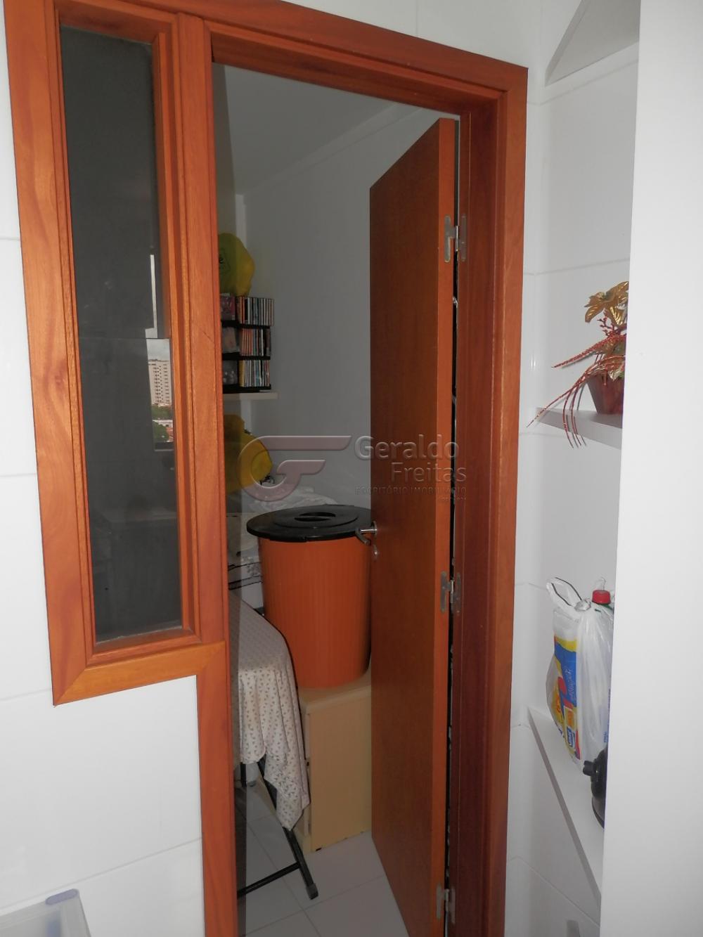Comprar Apartamentos / Padrão em Maceió apenas R$ 650.000,00 - Foto 7