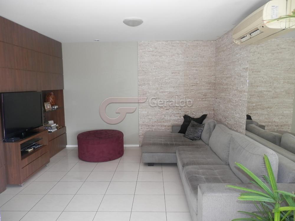 Comprar Apartamentos / 04 quartos em Maceió apenas R$ 600.000,00 - Foto 1