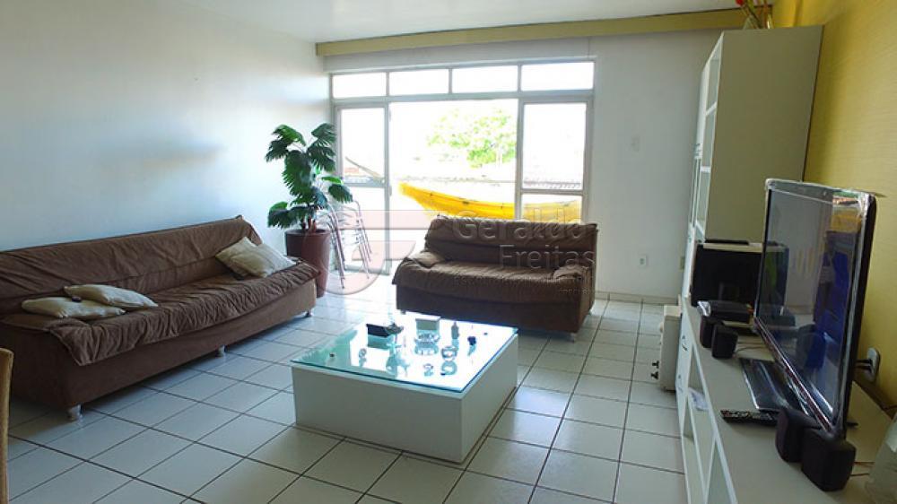 Alugar Apartamentos / 02 quartos em Maceió. apenas R$ 400.000,00