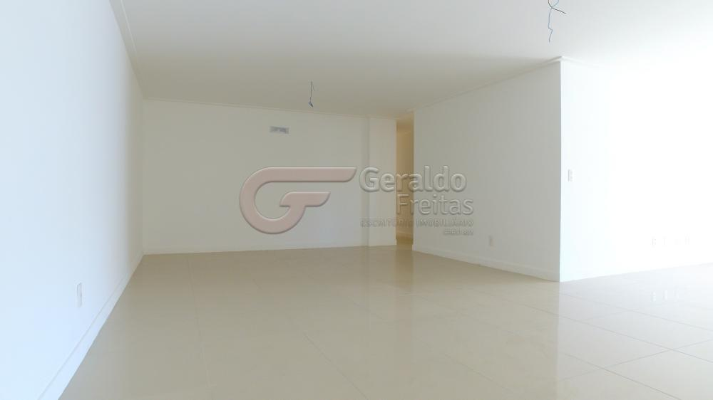 Alugar Apartamentos / 04 quartos em Maceió. apenas R$ 1.350.000,00