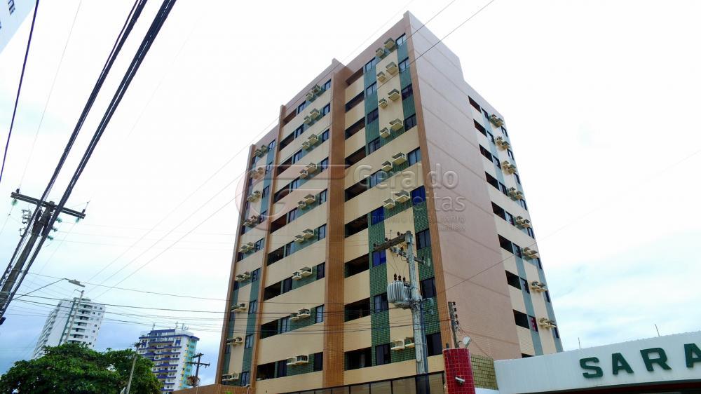 Alugar Apartamentos / 03 quartos em Maceió. apenas R$ 1.000,00