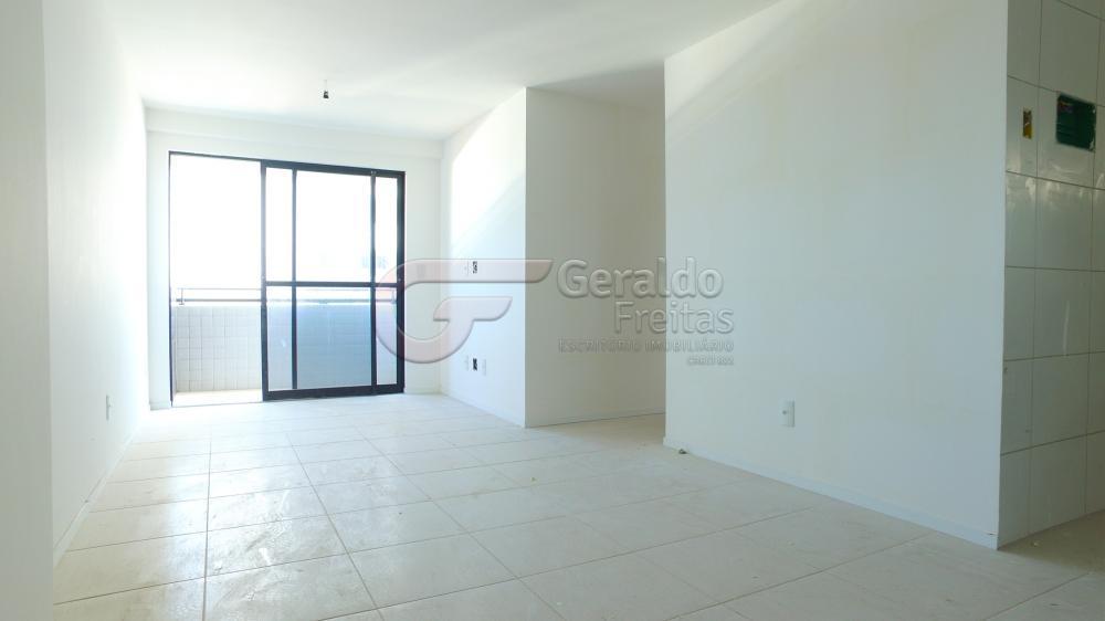 Alugar Apartamentos / 02 quartos em Maceió. apenas R$ 270.000,00
