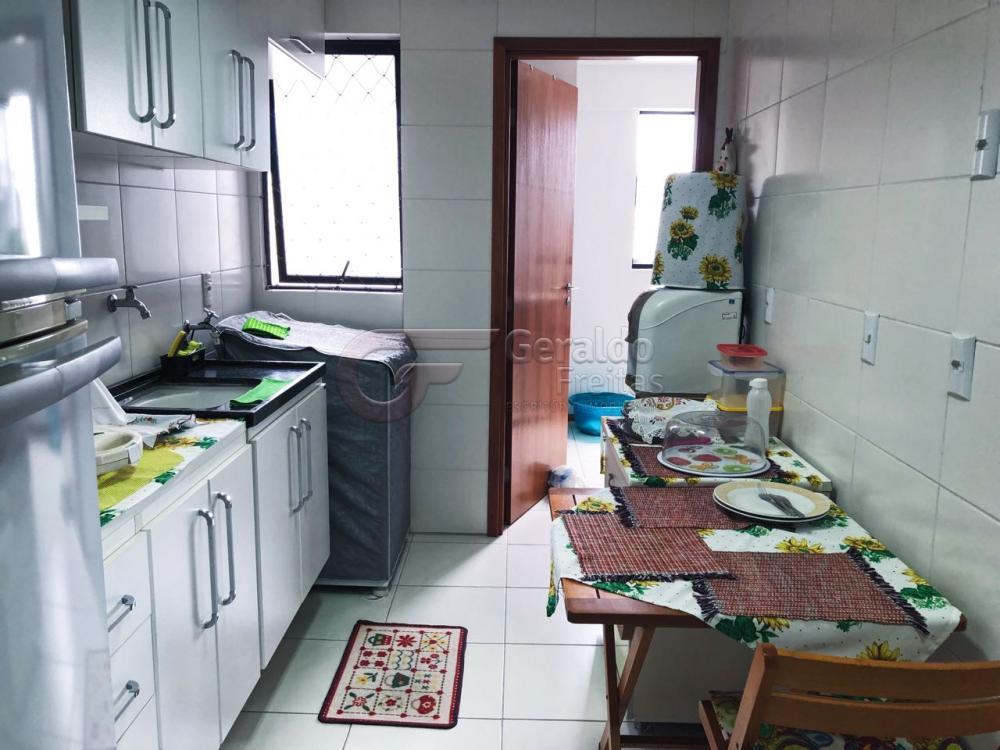 Alugar Apartamentos / 03 quartos em Maceió. apenas R$ 399.000,00