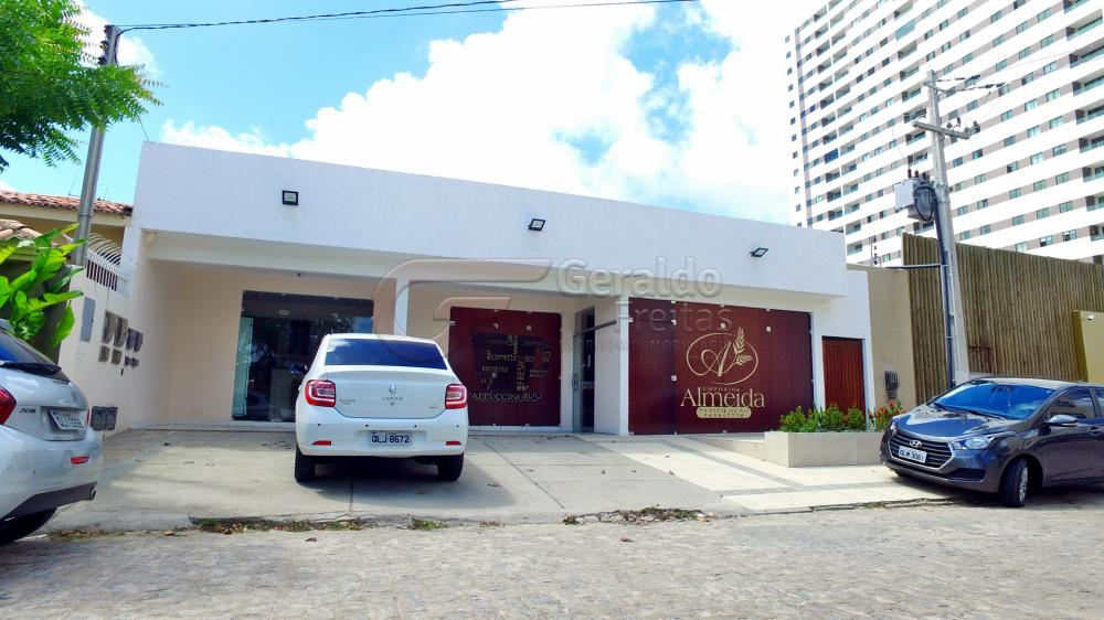 Alugar Casas / Comercial em Maceió. apenas R$ 1.300,00