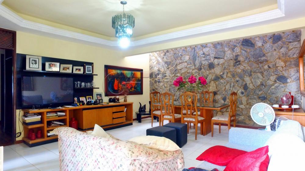 Casas / Padrão em Maceió Alugar por R$3.700,00