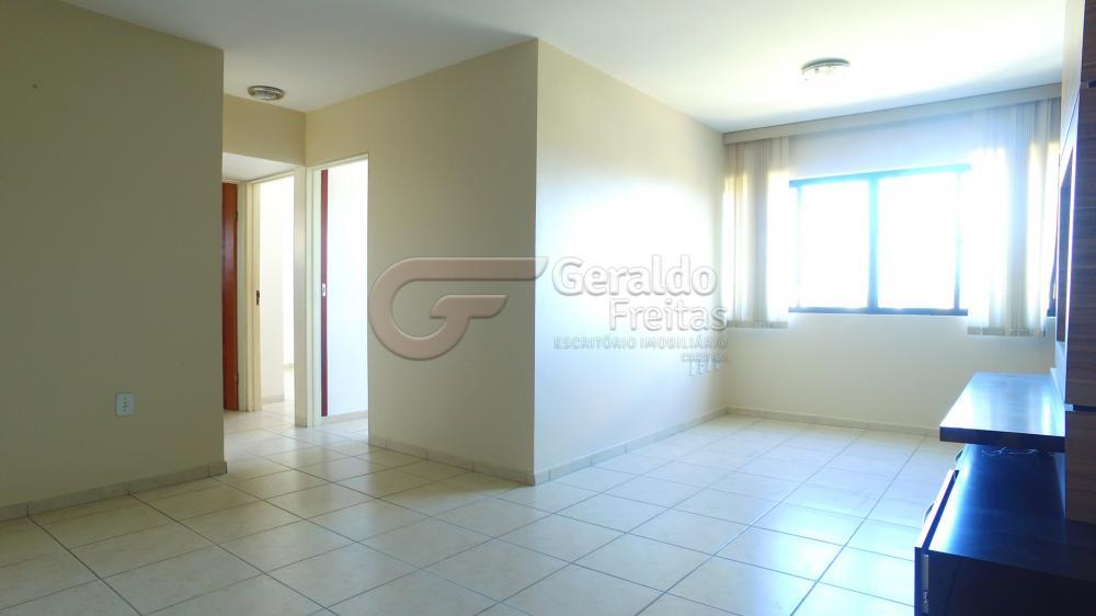 Alugar Apartamentos / 03 quartos em Maceió. apenas R$ 1.096,48