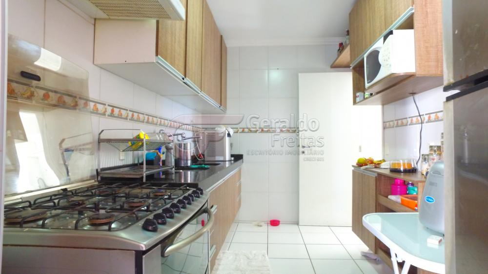 Comprar Apartamentos / Padrão em Maceió apenas R$ 450.000,00 - Foto 15