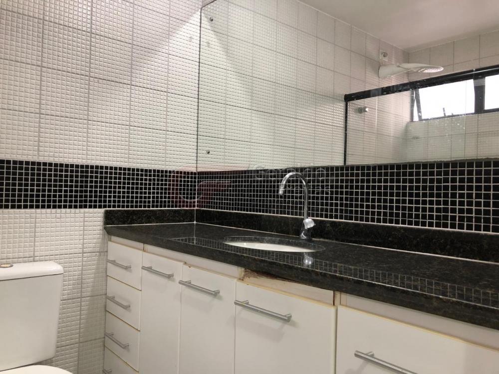 Alugar Apartamentos / Padrão em Maceió apenas R$ 1.967,85 - Foto 11