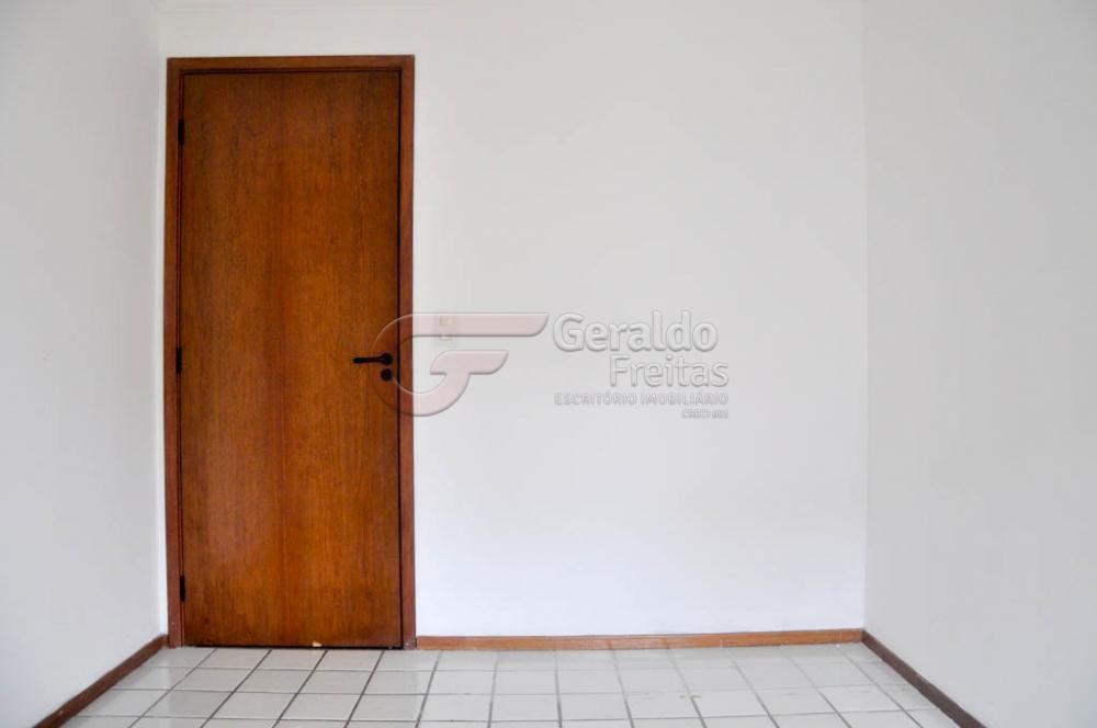 Comprar Apartamentos / Padrão em Maceió apenas R$ 400.000,00 - Foto 11
