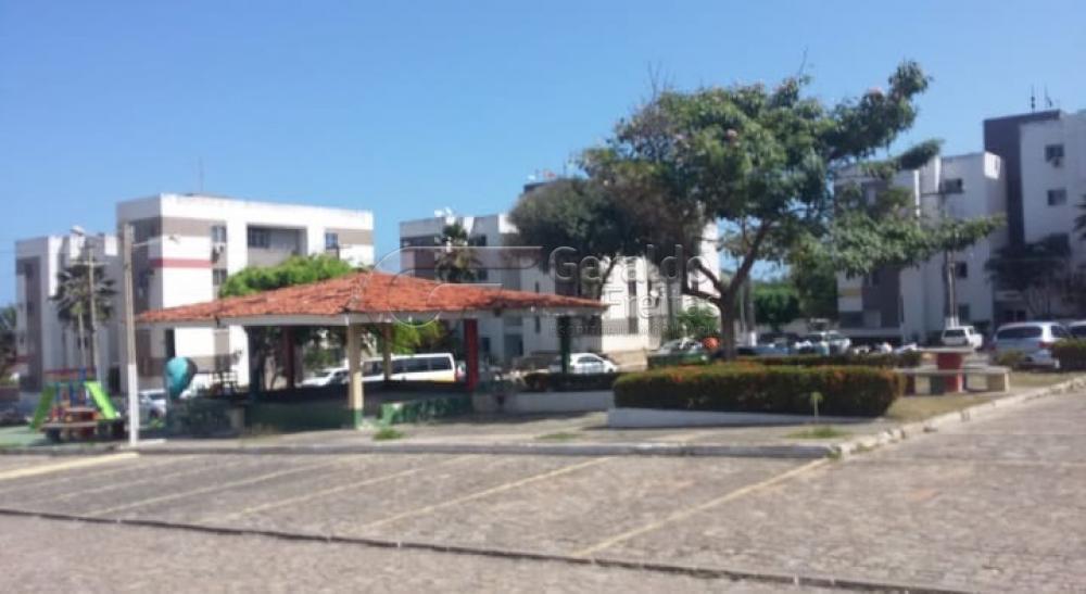 Comprar Apartamentos / Padrão em Maceió apenas R$ 150.000,00 - Foto 1