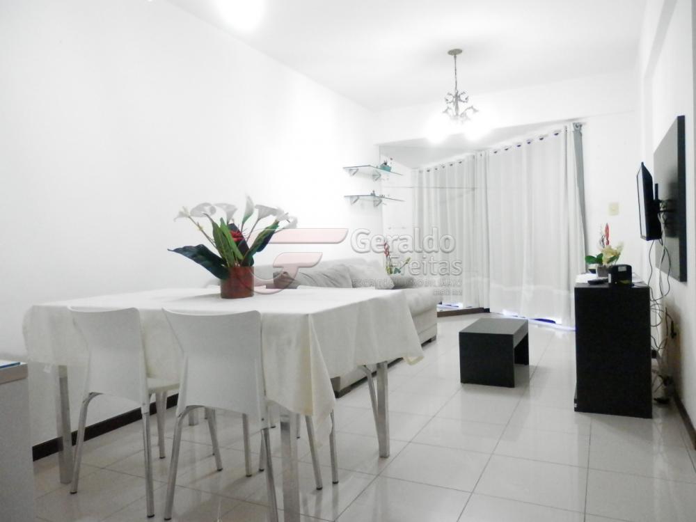 Alugar Apartamentos / Padrão em Maceió apenas R$ 2.300,00 - Foto 1