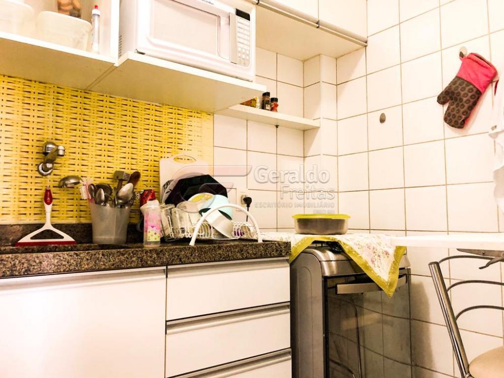 Comprar Apartamentos / Padrão em Maceió apenas R$ 310.000,00 - Foto 14