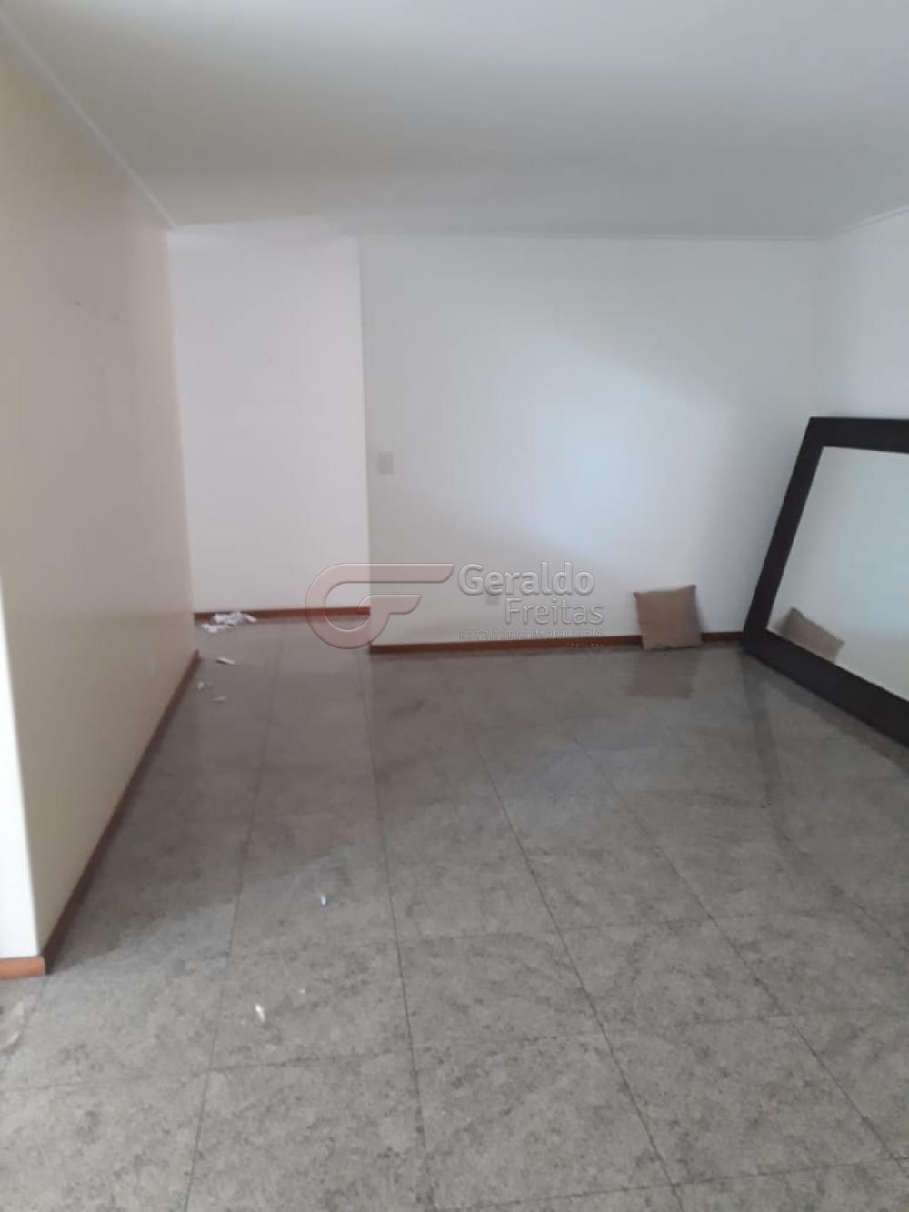 Comprar Apartamentos / Padrão em Maceió apenas R$ 1.200.000,00 - Foto 2