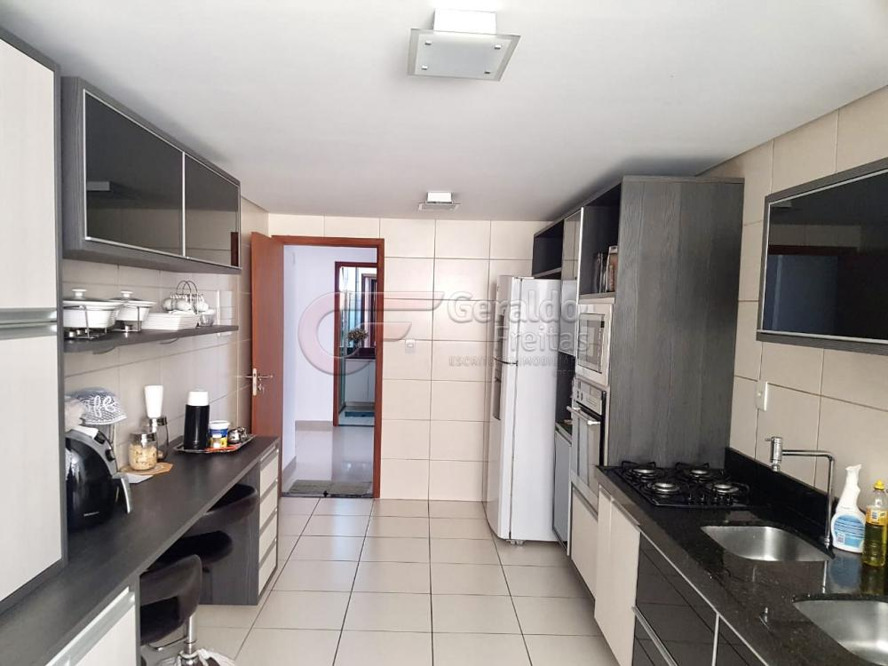 Comprar Apartamentos / Padrão em Maceió R$ 880.000,00 - Foto 5
