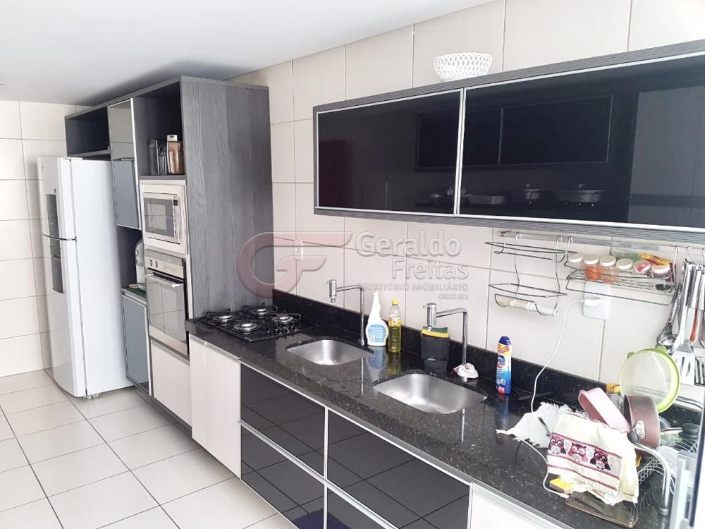Comprar Apartamentos / Padrão em Maceió R$ 880.000,00 - Foto 6
