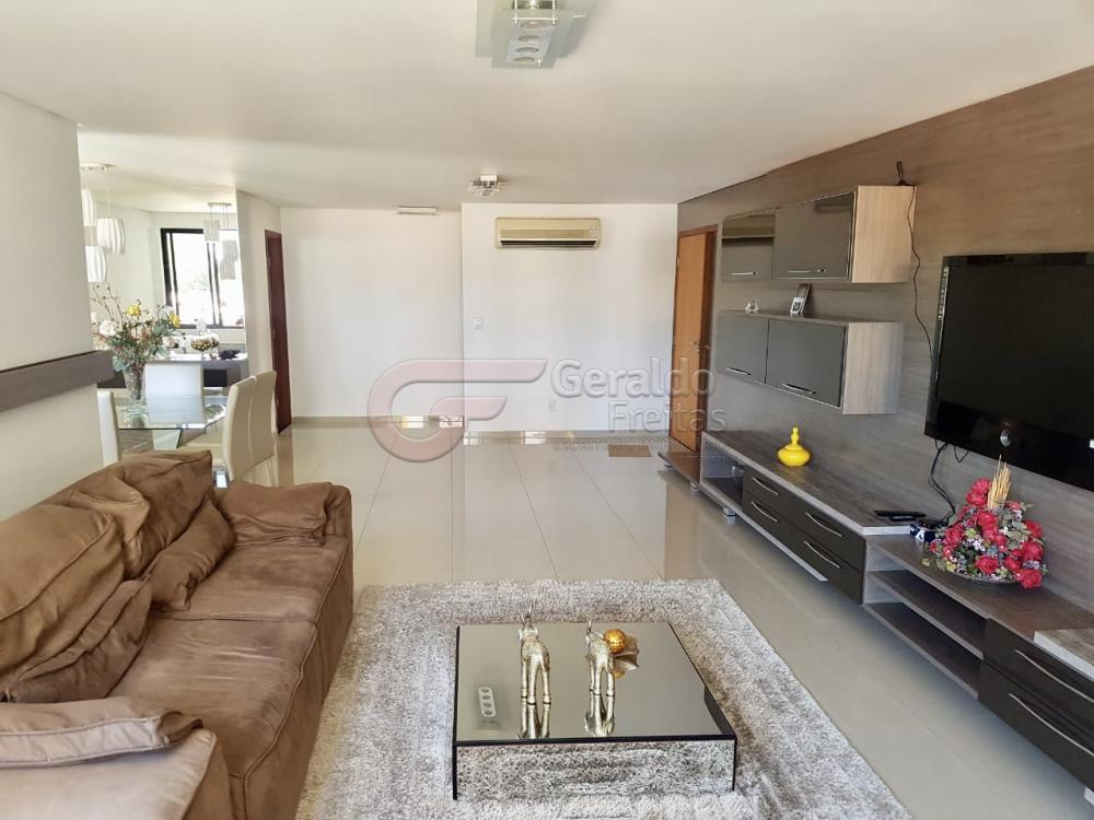 Comprar Apartamentos / Padrão em Maceió R$ 880.000,00 - Foto 1