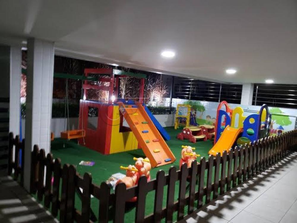 Comprar Apartamentos / Padrão em Maceió R$ 400.000,00 - Foto 12