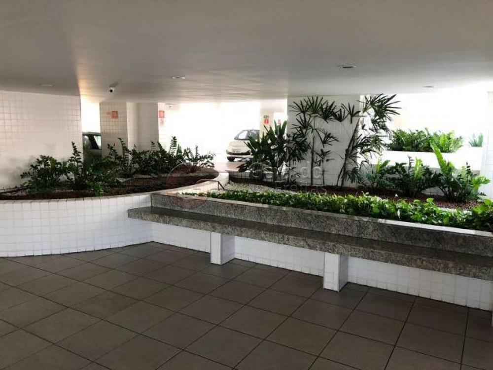 Comprar Apartamentos / Padrão em Maceió R$ 400.000,00 - Foto 13