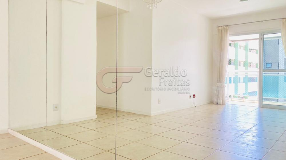 Comprar Apartamentos / Padrão em Maceió R$ 600.000,00 - Foto 3