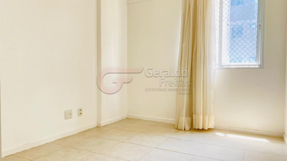 Comprar Apartamentos / Padrão em Maceió R$ 600.000,00 - Foto 5