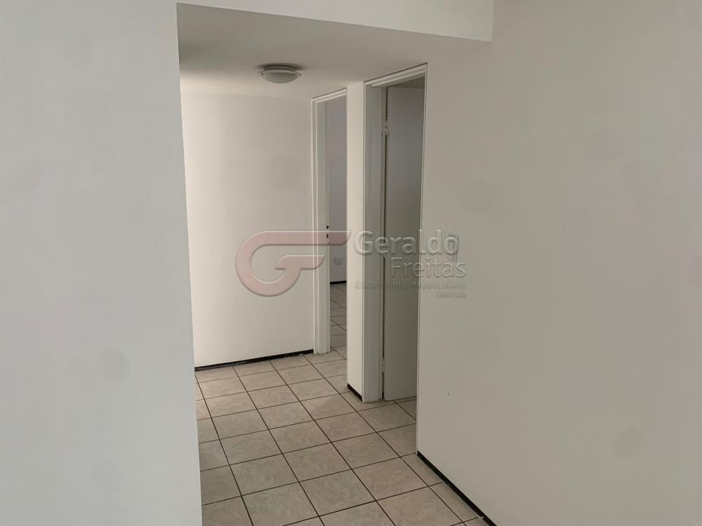 Comprar Apartamentos / Padrão em Maceió R$ 370.000,00 - Foto 9