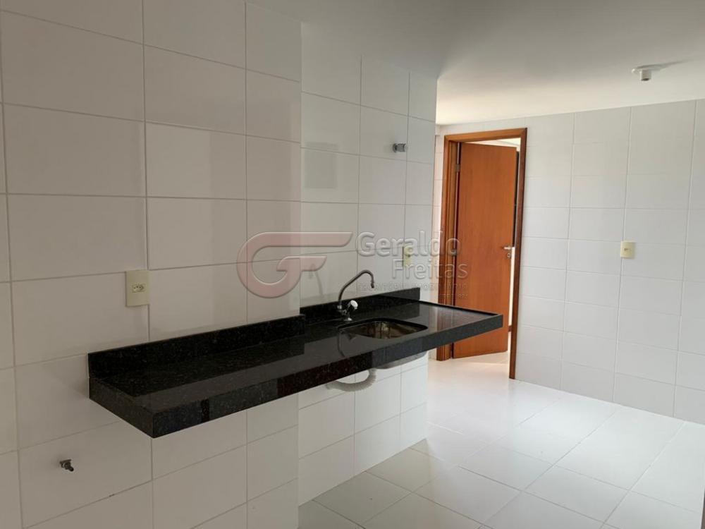 Comprar Apartamentos / Padrão em Maceió R$ 700.000,00 - Foto 4