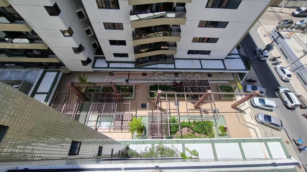 Comprar Apartamentos / Padrão em Maceió R$ 930.000,00 - Foto 5