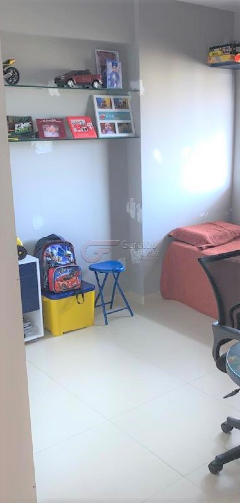 Comprar Apartamentos / Padrão em Maceió R$ 760.000,00 - Foto 4