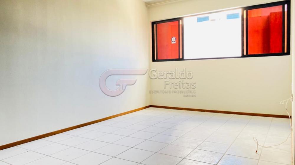Alugar Apartamentos / Quarto Sala em Maceió R$ 1.300,00 - Foto 2