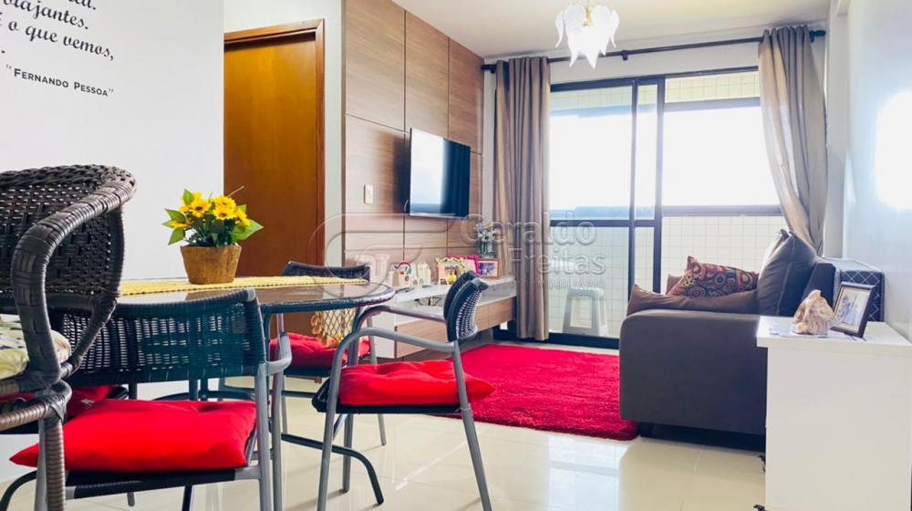 Comprar Apartamentos / Padrão em Maceió R$ 500.000,00 - Foto 1
