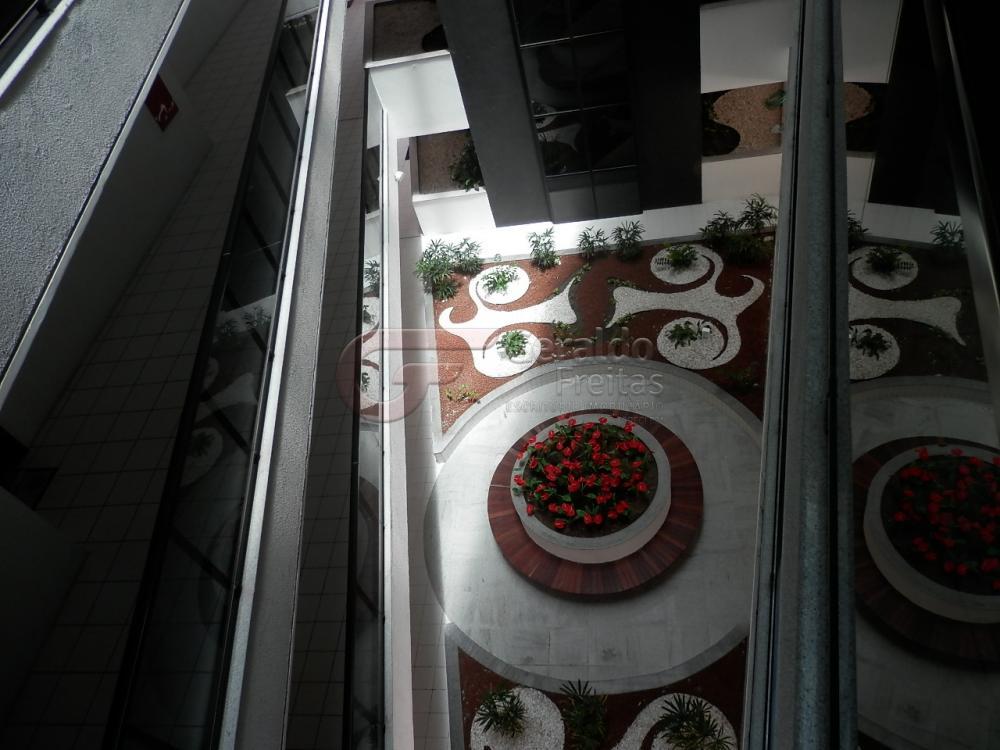 Alugar Apartamentos / Quarto Sala em Maceió R$ 1.300,00 - Foto 25