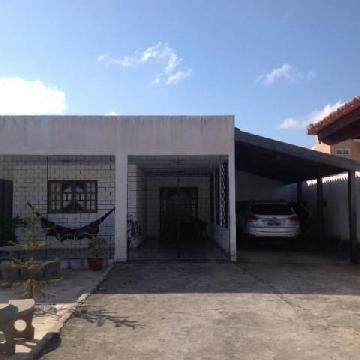 Alugar Casas / Condominio em Maceió. apenas R$ 500.000,00