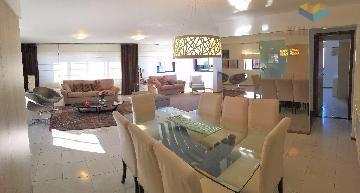 Alugar Apartamentos / Cobertura em Maceió. apenas R$ 1.500.000,00