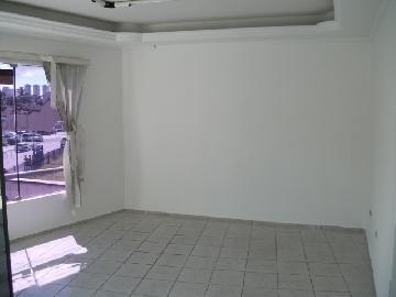 Comerciais / Salas em Maceió Alugar por R$700,00