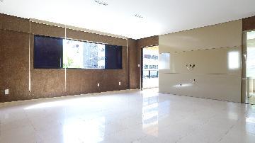 Alugar Apartamentos / 04 quartos em Maceió. apenas R$ 4.500,00