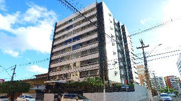 Alugar Apartamentos / 03 quartos em Maceió. apenas R$ 1.190,45