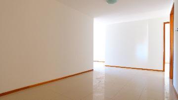 Apartamentos / Padrão em Maceió Alugar por R$3.500,00