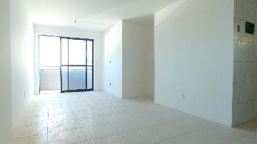 Apartamentos / Padrão em Maceió , Comprar por R$250.000,00