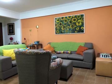 Alugar Apartamentos / Padrão em Maceió. apenas R$ 410.000,00
