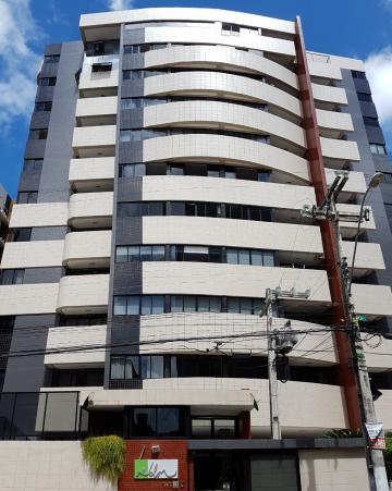 Alugar Apartamentos / 03 quartos em Maceió. apenas R$ 610.000,00