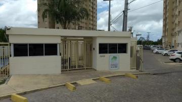 Alugar Apartamentos / Padrão em Maceió. apenas R$ 140.000,00