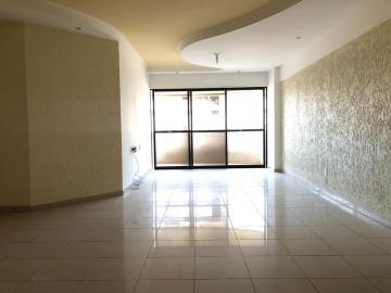 Alugar Apartamentos / 04 quartos em Maceió. apenas R$ 850.000,00