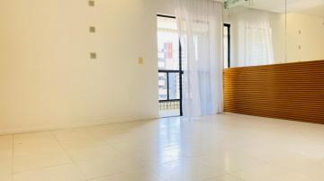 Alugar Apartamentos / Padrão em Maceió R$ 2.000,00 - Foto 2