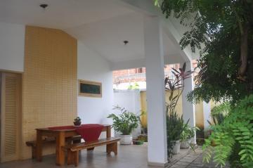 Alugar Casas / Padrão em Maceió. apenas R$ 450.000,00