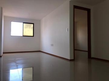 Alugar Apartamentos / Quarto Sala em Maceió. apenas R$ 250.000,00