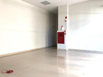 Alugar Comerciais / Lojas em Maceió. apenas R$ 25.000,00