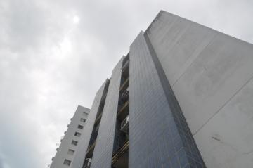 Apartamentos / Padrão em Maceió , Comprar por R$130.000,00