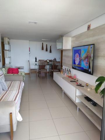Alugar Apartamentos / Padrão em Maceió. apenas R$ 1.200.000,00