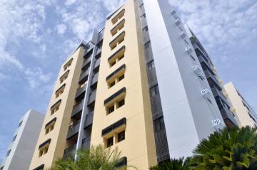 Alugar Apartamentos / Padrão em Maceió. apenas R$ 400.000,00